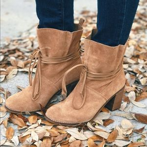 Tom's Mila Booties in toffee suede